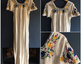 70s Embroidered Indian Cheesecloth Maxi Dress S