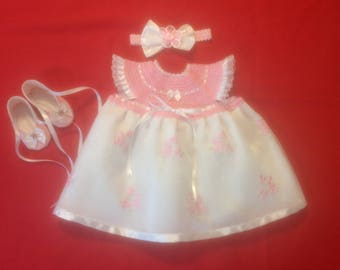 Newborn Baby Girl Coming Home Dress Set - Pink & White