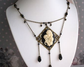 Bronze Metal bib necklace glass cabochon resin Calaveira Gothic chic