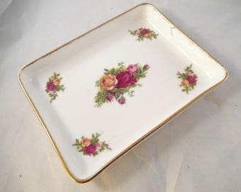 Royal Albert Tray, Unnamed Roses Pattern, Gold Trim on Edges, Mint Condition