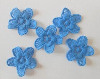 5 blue flowers cotton 3 cm