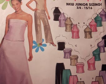 Simplicity 9775, Junior's Evening Gown, Ball Gown, or Prom Dress Sewing Pattern