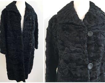 Vintage PERSIAN WOOL COAT / size Medium
