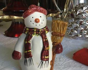 Christmas Holiday Orphaned Sakura Snowman Collectable Salt or Pepper Shaker