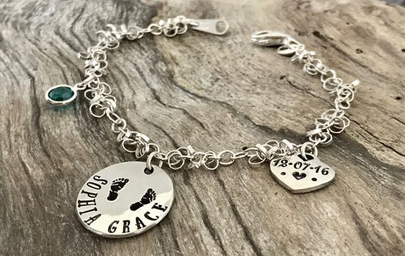 New Grandma Jewelry, Mommy Bracelet, Name Bracelet, Grandma Bracelet, Present for New Mom, Present for New Grandma, Personalized Bracelet