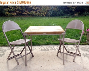 17% OFF SALE Child's Folding Metal Table & Chairs/ Cowboy Cowgirl Theme/Durham Co. USA/ Kids Play Dining Set/1960's or 70's/ Horses Lariats