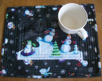 Quilted Cotton Place Mats, Set of 2 Place Mats, Mug Rugs, Snowman Place Mats
