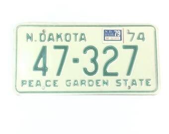 ND License Plate,Distressed Decor,North Dakota Plate,Boy Nursery Decor,North Dakota Decor,ManCave Decor,Rustic Home Decor,Garage Decor