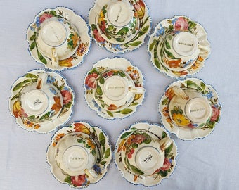 Cups & Saucers (8) - Made in Italy - Hand-Painted