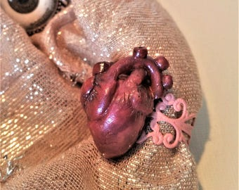 heart ring with pink filigree ring