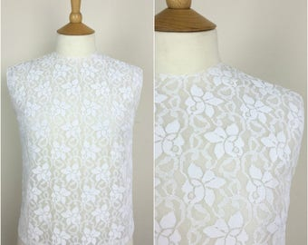 Vintage 1950s Blouse - 50s white Floral Lace Top - Button back Top  - Sleeveless - Small / Medium - UK 10-12 / US 6-8 / EU 38-40