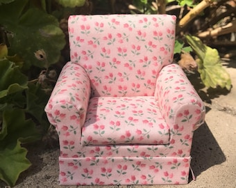 Shabby Chic Armchair in Pink Florals - Dollhouse Miniature