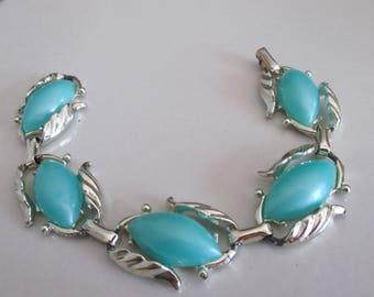 Vintage 1960's CORO Turquoise Summer Bracelet in Pale Gold Setting, Summer Bracelet, Snap Down Closure, Summer Bracelet, Gift For Her