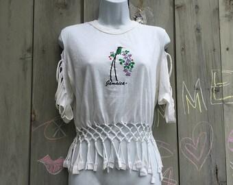 Vintage top | 'Jamaica' parrot print cold shoulder cutout fringed crop top T shirt