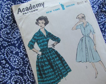 Vintage Size 40 Inch Bust Shirt Dress with Inverted Front Buttoning Pleat - Unused Academy Sewing Pattern No 4692