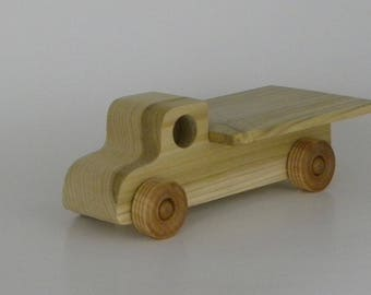 Wooden Farm Hay Truck, sturdy, built to last for generations, no batteries required, 8L x 3.5W x 3H inches