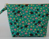Medium zipped wedge project bag hedgehogs