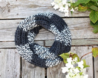 Hand Knit Infinity Scarf, Hand knit Cowl, Chunky Infinity Scarf, Black Knit Scarf, Womens long black Scarf, Winter Circle Scarf, Knit Scarf