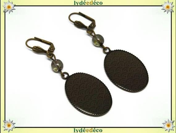 Retro earrings cabochon resin: seigaiha wave Japanese Green Khaki white resin bronze beads 18 x 25mm