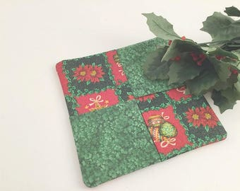 Christmas Pot Holder, Red Green Pot Holder, Christmas Mug Rug, Christmas Hot Pad, Poinsettia, Kitchen Gift, Christmas Linens, Red and Green