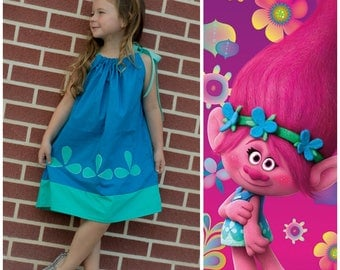 Poppy dress, Trolls birthday party, poppy costume, trolls costume ,  pillowcase dress,poppy trolls dress, princess Poppy