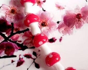 Set of 10 glass beads (lampwork), red mushroom polka 15mm