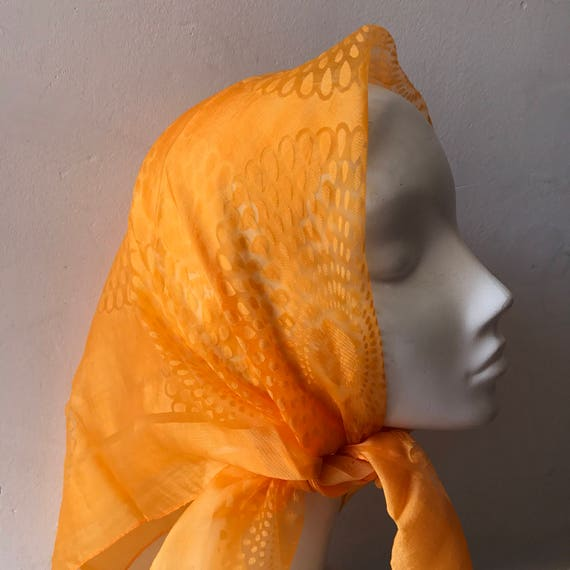 1960s chiffon scarf square orange sheer sunburst pattern vintage miscentury square print nylon 1950s rockabilly headscarf scooter girl