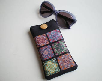 Glasses case, sunglasses case, eyeglasses case, Mosaic tiles, Case for sunglasses, Quilted eyeglass case, glasses sleeve, sunglasses sleeve