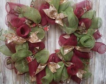 Geometric christmas wreath