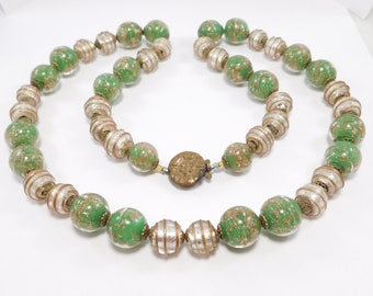 Beautiful Venetian Glass Necklace Italian Relief Foiled Beads
