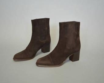 1990s handmade Italian suede ankle boots - size 7