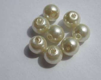 Ivory glass Pearl 8 mm - 1 PV33 8 round beads