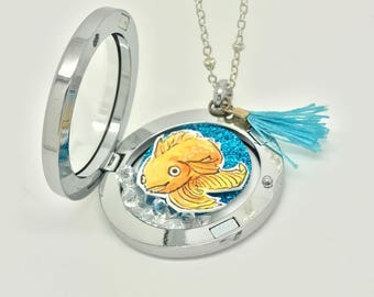 Goldfish - Floating locket - Interchangeable - Hand Drawn