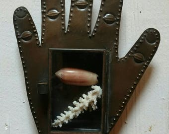 Hand Nicho made of metal. Shadowbox. Made in Mexico.
