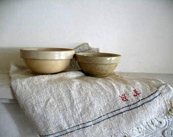 Pair of antique French rustic Digoin Crespots stoneware bowls, ivory and cream - 65 euro