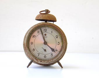 Antique Rusty Alarm Clock With Bell - MOM