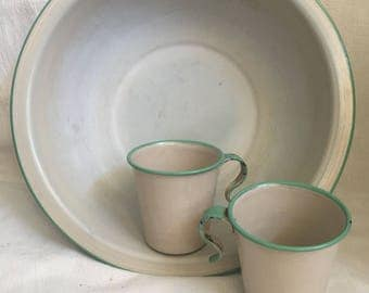 Cream and green Fench Enamelware bowl with matching cups. Tan and green enameled bowl with 2 cups