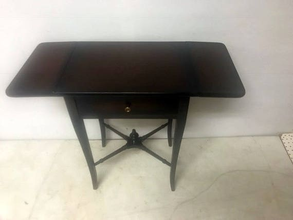 Drop leaf end table with one drawer