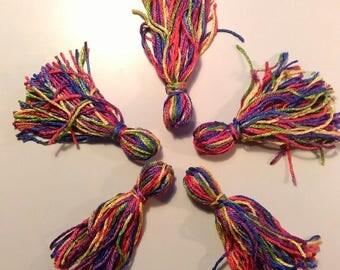 Nappine tribal gipsy boho ats tassels rainbow