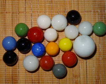 Lot of 20 Vintage Marbles / Glass Marbles / Toy Marbles / Game Marbles / Solid Color Marbles / Lot #249