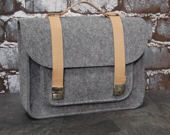 Macbook 11 inch satchel, Laptop bag, laptop sleeve, A4 size 11.1inch, 13.3 inch, 15.6 inch, 17.3 inch, Shoulder bag, leather bag, felt bag