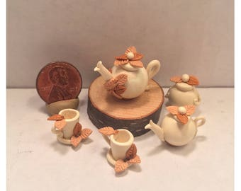 Tea Set Mini with Floral Detail