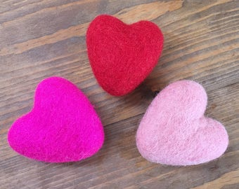 Felted wool toy for cats or small dogs, wool heart toy, catnip toy, organic catnip gift