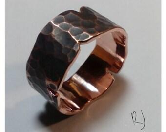 Men's Fracture ring.