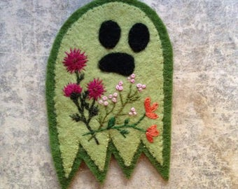 Embroidered Ghost Flowers Patch- Green