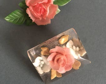 Vintage Brooches Set Floral Flowers Early Plastic Lucite Reversed Craved