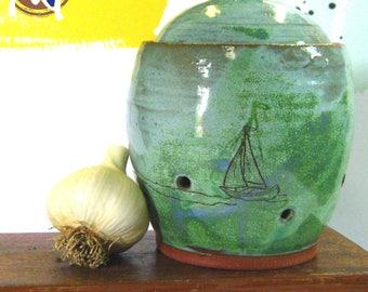 Garlic Jar with Boat