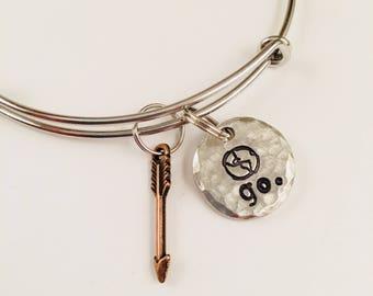 Go adjustable bangle bracelet