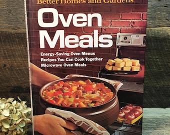Vintage Better Homes and Gardens Cookbook/Oven Meals/Hard Back/1974