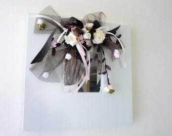 white square mirror, tulle, pink: p' little bouquet